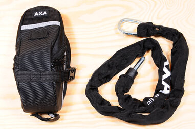 łańcuch AXA RLC do podkowy AXA + SAKWA
