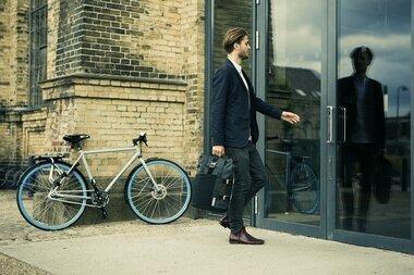 Sakwa miejska Thule Pack 'n Pedal Commuter